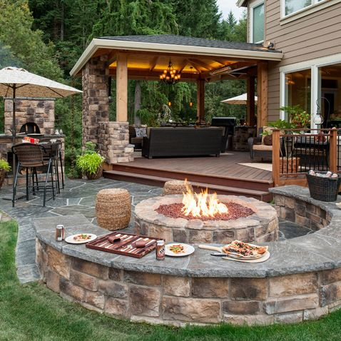 Dallas Outdoor Fireplaces.